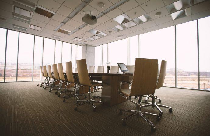 Darbo sutarties sudarymas su vadovu – kokie ypatumai?